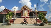 Running, meditación y templo budista en zona rural de Chiang Mai